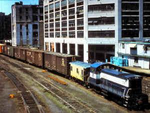 SW1001-106_LI CIty-Yard-A_1977.jpg (124878 bytes)