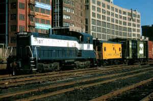 SW1001-107_LI City-Yard-A_12-26-78_JohnScala.jpg (177554 bytes)
