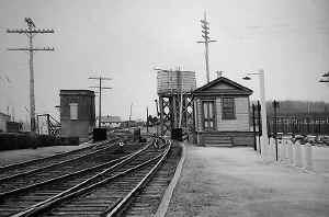 Express House - Huntington_1942.jpg (69749 bytes)