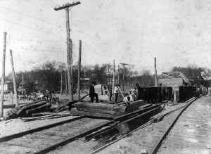 Huntington-Construction_new-station_Bill Ahern.jpg (108437 bytes)