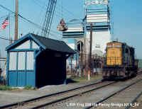 LIRR Eng 208 lite Penny Bridge NY 5_74.jpg (75787 bytes)