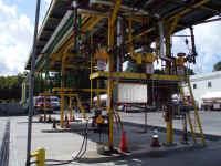 NewHydePark-Oil Terminal-3.jpg (74290 bytes)