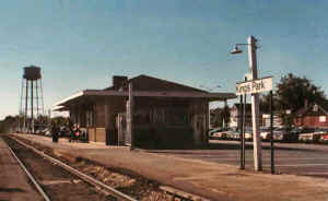 kingparkstation.jpg (34057 bytes)
