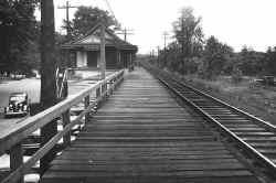 Plandome-Station_1939_DaveMorrison.jpg (106491 bytes)