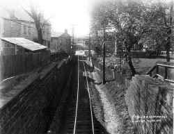 ROW-From W. Portal of Tunnel E. of Main St-Flushing - 10-25-1911 (LIRR Val-Keller).jpg (145236 bytes)