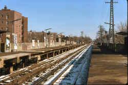 Station-Elmhurst-View E - 02-07-77 (Madden-Keller).jpg (108159 bytes)