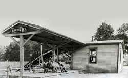 Station-Manhasset -c. 1900_Morrison.jpg (84565 bytes)
